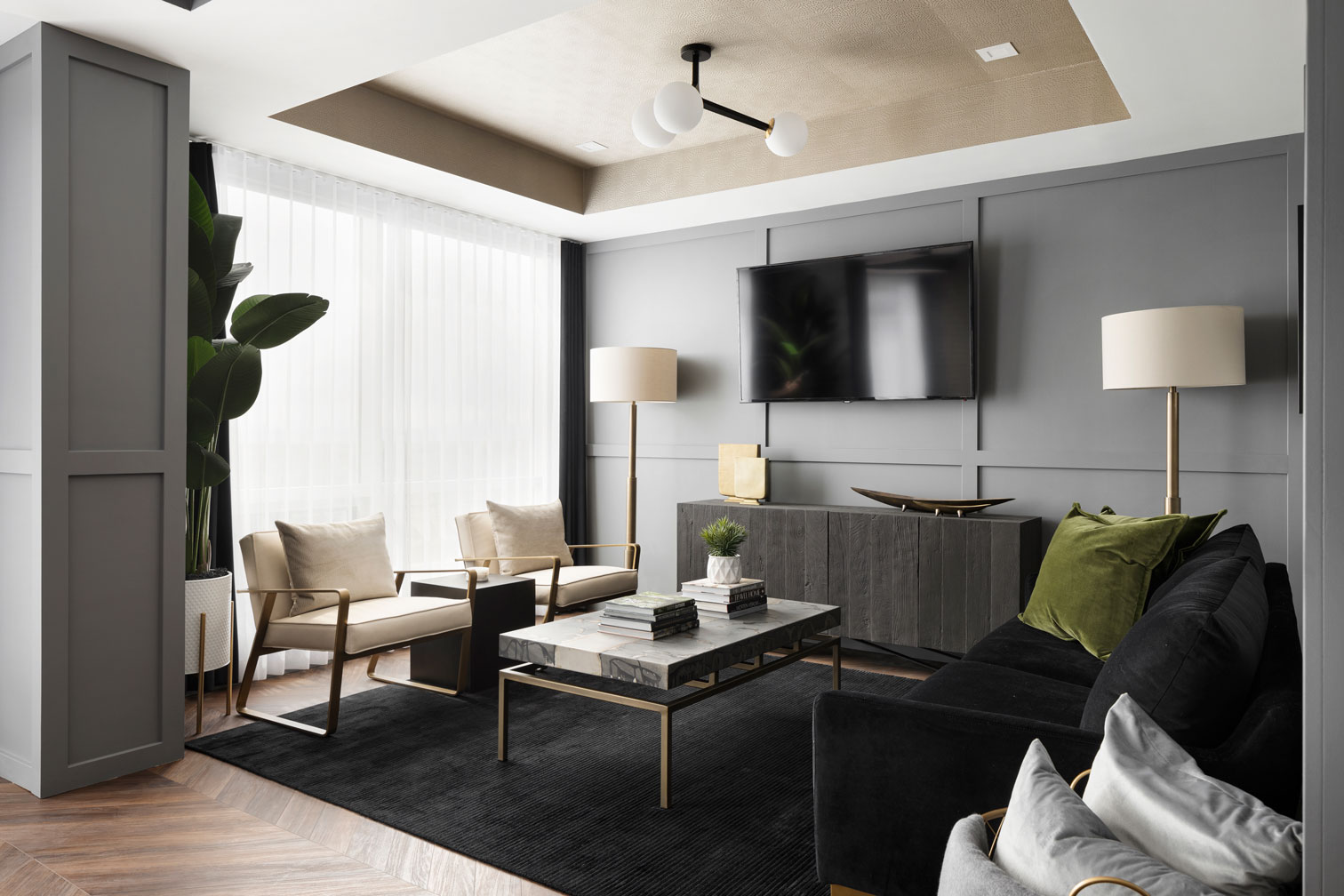 The Pinnacle Suite at Gateway - Living Room - TRUMAN